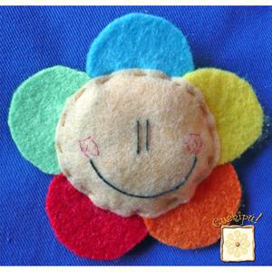 broche flor arcoiris 1